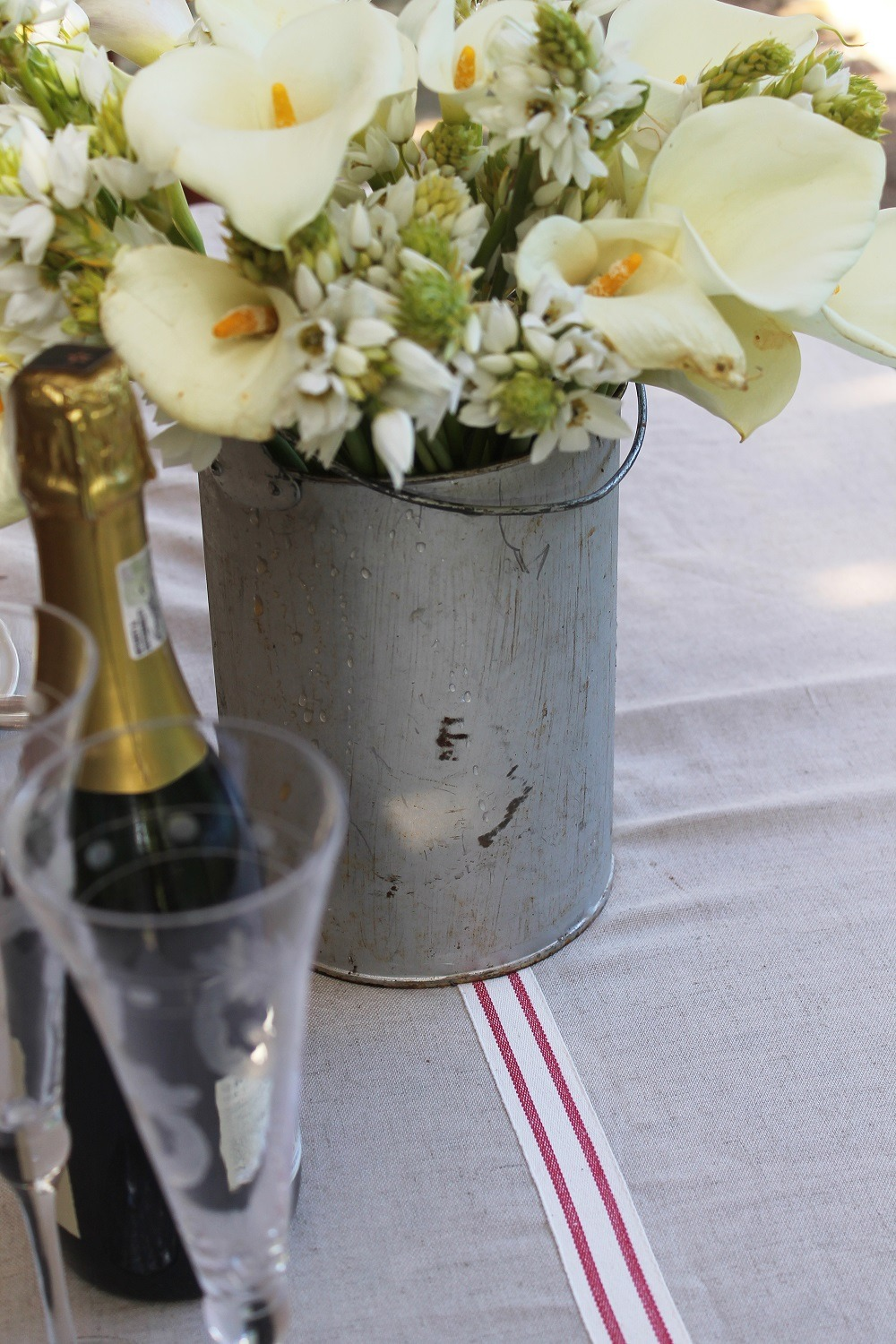 Make Your Own Faux French Tablecloth