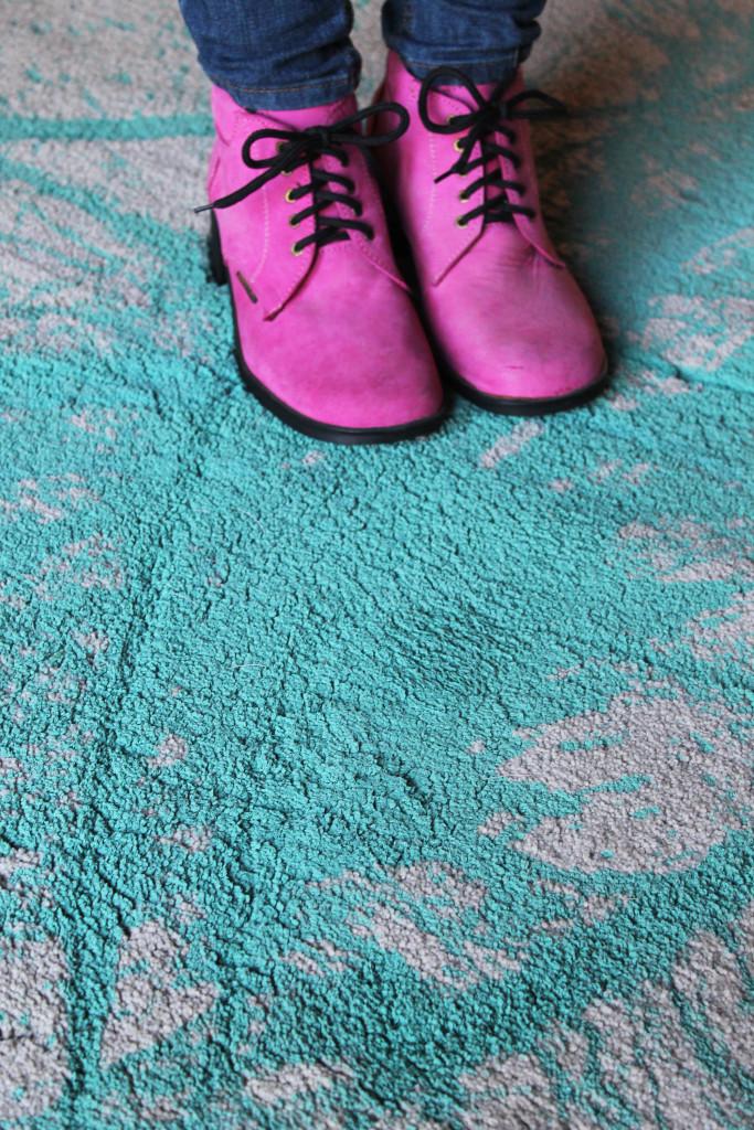 painted carpet DIY
