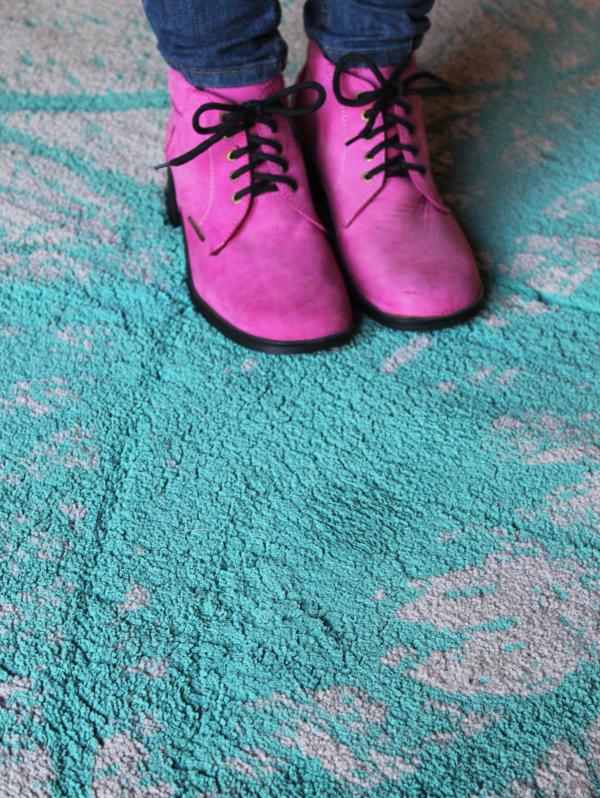 Splash out – Painted Carpet DIY