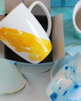 Watercolour Christmas – nail polish mug DIY