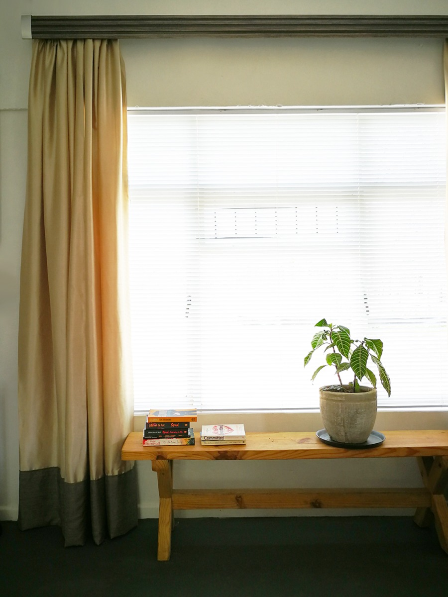 Light Layers Of Window Dressing for a Small Cottage
