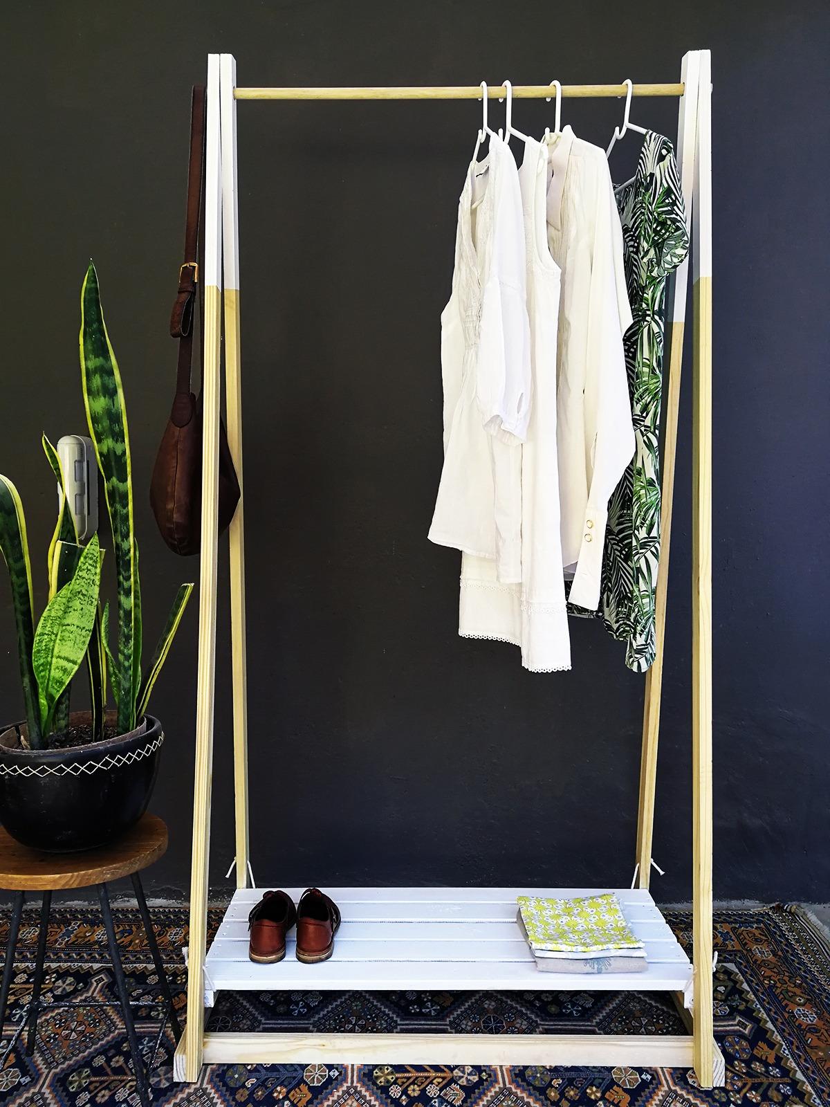 The Ultimate Portable Wardrobe Rail DIY