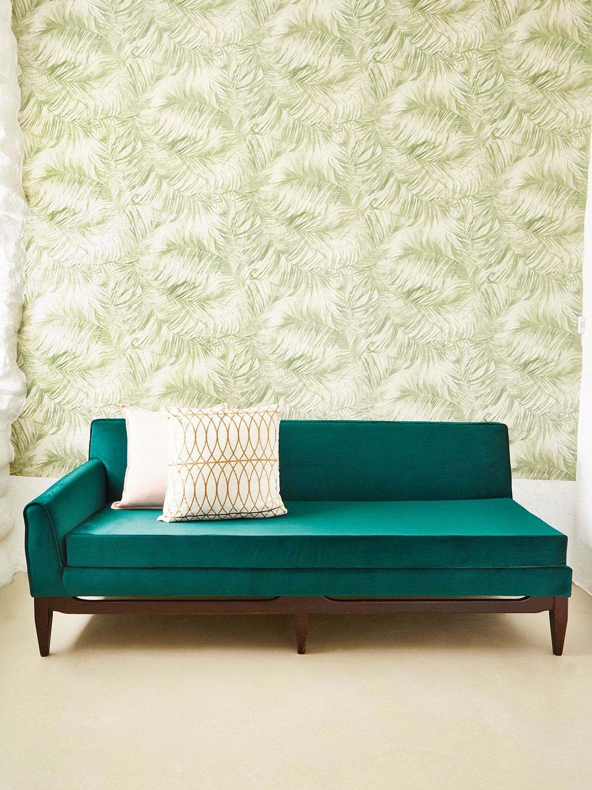 How to Reupholster a Emerald Green Velvet Sofa with steps
